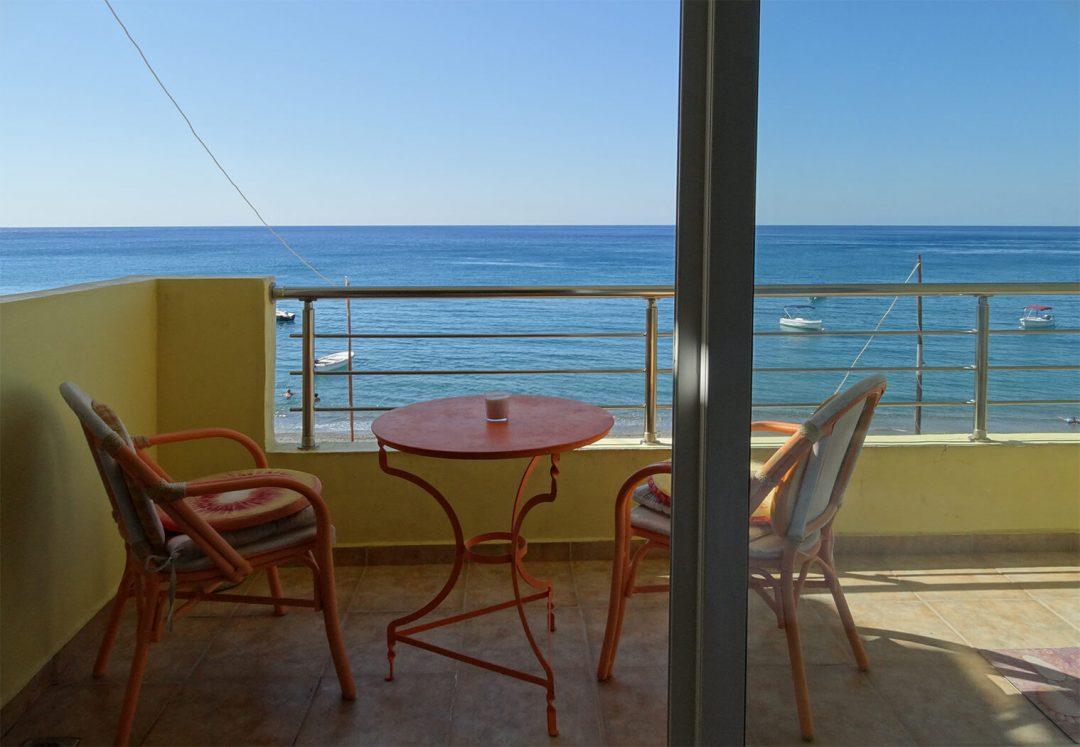 pelagos-balcony-4